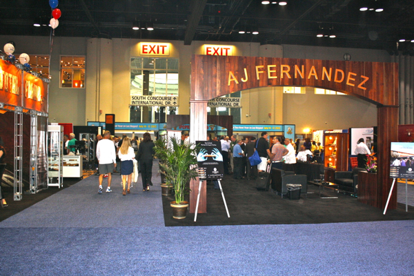 AJ Fernandez booth at IPCPR
